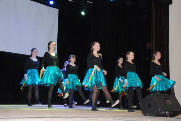 Jaunimo šokių studija Amazing
